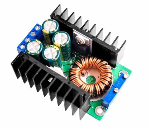 Step-Down Power Module 300 Watt DC 5,0 ~ 40 zu 1,2-35 V einstellbar